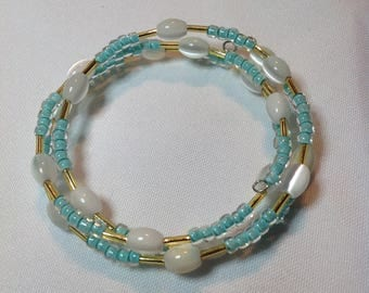 Blue white and gold memory wire adjustable bracelet