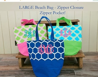 ON SALE Large Monogrammed Beach Bag - Personalized Bag - Bridesmaid Gift - Beach Bag - Teacher Gift - Pool Bag - Overnight Bag
