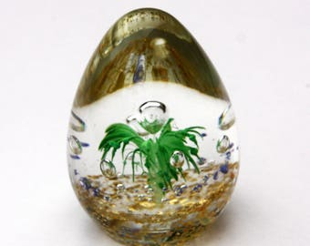 Pretty Art Glass Turquoise Egg Shaped Paperweight 3.25 inches Excellent