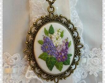 LN1 Lilac necklace