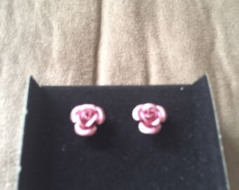 Vintage AVON Pink Metallic Rosette Earrings