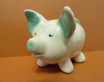 This Little Piggy Stayed Home, Figurine, Illegible Maker