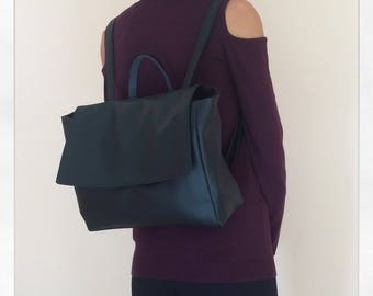 Black women backpack / faux leather backpack / minimalist backpack / black rucksack / black backpack purse / large backpack / women rucksack