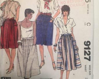 SKIRT Misses Size 12 Easy Fit McCalls #9127 UNCUT Sewing Pattern