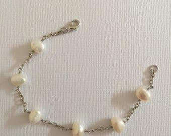 Mothers bracelet, Fresh water pearl, natural pearl Bracelet,