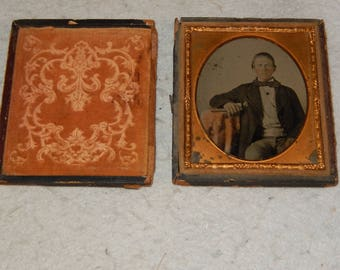 Antique 1/6 Plate Tin Type Tintype Photo Young Man Gentleman Portrait Old Suit  Free Shipping