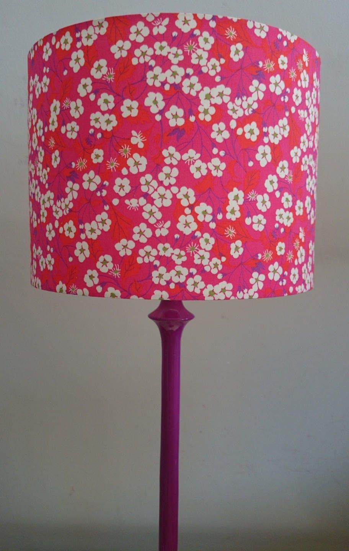 abat jour fait main pour pied de lampe ou suspension tissu. Black Bedroom Furniture Sets. Home Design Ideas
