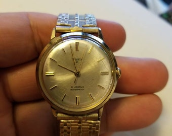 Vintage Timex 21 Wind-up 21 Jewels Waterproof Men's Watch