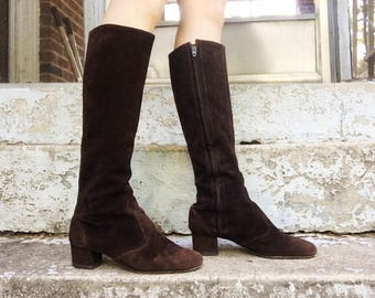 FLASH SALE Vintage 60s Brown Suede Leather Knee High Tall Zip Up Mod Go Go Boots 6.5