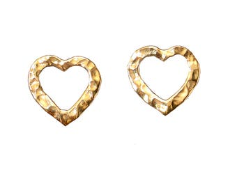 Plain heart studs, hammered small studs, heart brass earrings, plain heart studs, girl earrings, women studs, valentine's gift under 15.