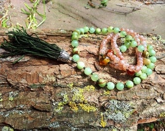Mala Kabul necklace green jade and agate.
