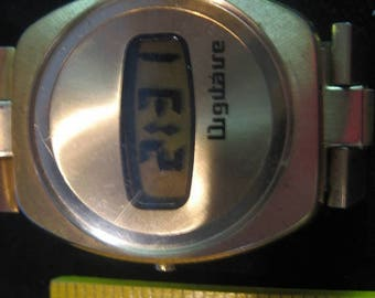 Summer Sale Rare Digitaire 1970s Optel LCD Watch.