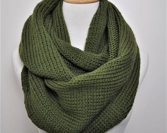 Green knit circle scarf, Green scarf, Knit Infinity scarf green, Gift women birthday, gift for wife, Her gift mom, Olive scarf. Gift for her