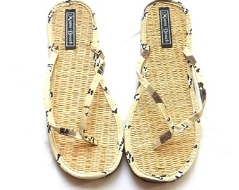 Rice straw flip flops with camouflage fabric thongs