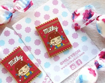 SECONDS Cute Japanese Milk Soft Candy Wrapper Packaging Hard  Enamel Pin (Gold)