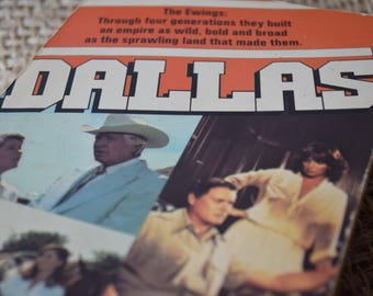 Dallas. Lee Raintree. Based on the classic TV Show. A Vintage Paperback Book. 1980