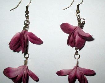 Stunning pair of earrings, fabric flowers / OOAK