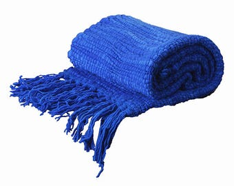 Blue footboard King/Strong Blue Throw