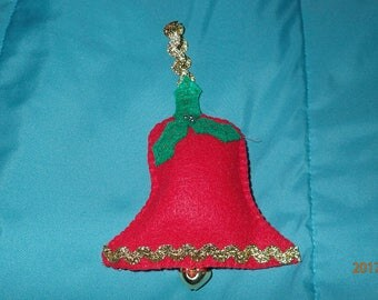 Christmas bell ornament with jingle bell