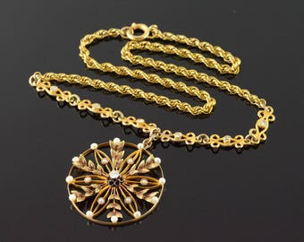"""9k Stunning Victorian 0.10 CTW Diamond Seed Pearl Circle Necklace Gold 15.25"""""""