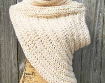 Huntress Vest/Archer Cowl- Winter White
