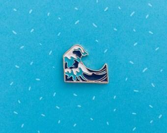 Japanese great wave enamel pin