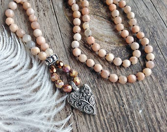 Sunstone knotted necklace / Long beaded necklace / Gemstone necklace / Heart necklace