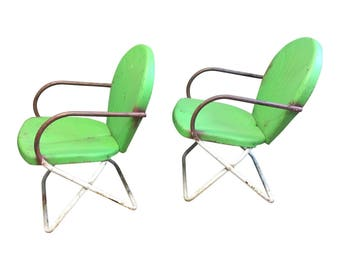 2 Vintage Metal PORCH CHAIR PAIR outdoor mid century modern bounce spring patio 50s 60s shell back outdoor seating set white light green