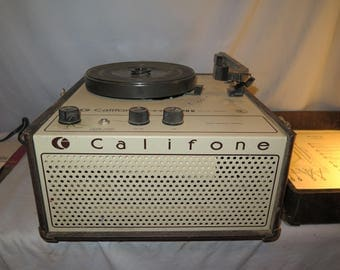 Vintage Califone 1420K Portable Record Player Turntable with Speaker