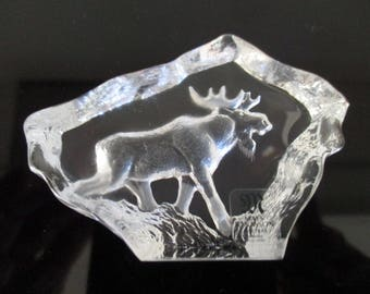 Mats Jonasson Moose-Wildlife series-glass object/paperweight of lead crystal Glass Card made in Sweden Scandinavian design Collectible
