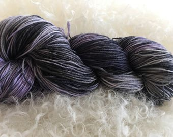 hand dyed lace weight yarn