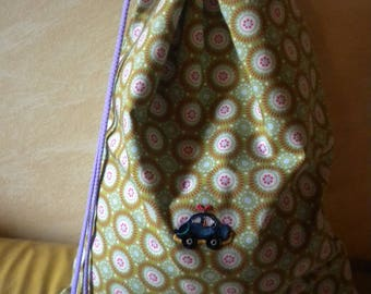 bag has machine stitched fabric 100% cotton