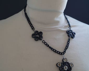 Black beads chain necklace electric wire blossoms