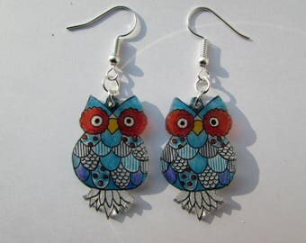 Blue and purple owls
