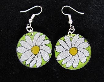Daisies by theo earrings
