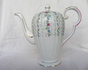 Pretty Vintage Royal Grafton Chantilly bone china coffee pot, tea pot , one and quarter pint 3/4 cup Staffordshire England
