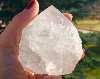 Clear Quartz Crystal Point w/ Cut Base - Balance + Peace - Crown Chakra