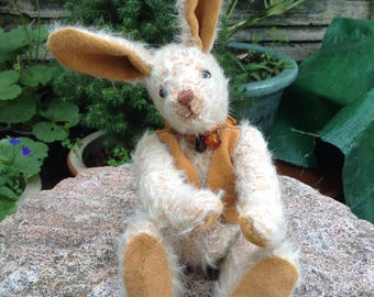 """Amber, a 7"""" hand made collector's mohair hare"""