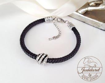 Horsehair bracelet with crystal bead | Horsehair jewelry
