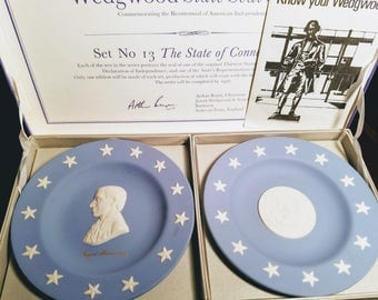 Wedgwood Authentic Jasper Ware Collectors Plate Connecticut State Seal Set No. 13