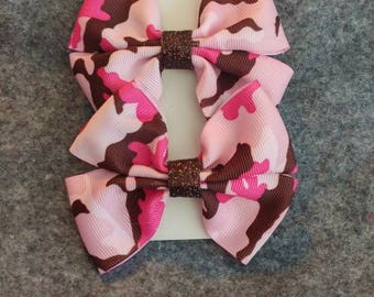 2 pink and brown camouflage hair bows