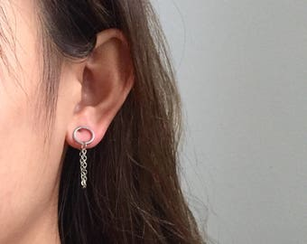 Circle chain back earrings