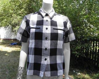 Vintage Black & White Plaid Button Up Shirt W/ Short Sleeves