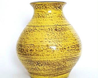 Vintage/Retro 60's-70's Silberdistel Keramik Large High Gloss Yellow Vase from West German Pottery Fat Lava Era