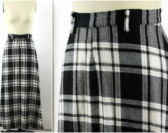 1970s Full Length Plaid Maxi Skirt, Holiday Plaid Skirt with Gold Metallic Thread, Size Small