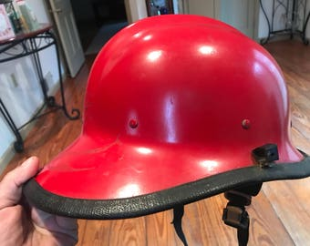 Vintage Freman Helmet . Vintage fireman hat . Antique fireman helmet