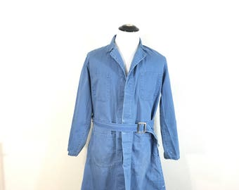 60's vintage distressed herringbone twill 100% cotton shop coat made in usa size 42