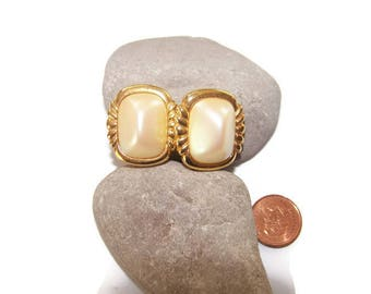 Vintage Richelieu Faux Pearl Clip Earrings, Designer Earrings, Wedding Earrings, Bridal Jewlery