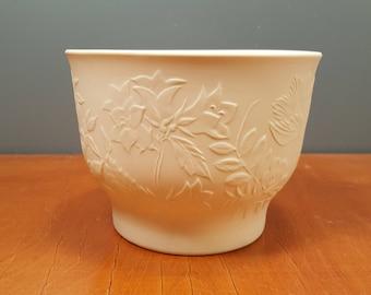 "Arabia - bisque porcelain ""Suvi"" flower pot - Gunvor Olin-Grönqvist - GOG - 1980s (V159)"