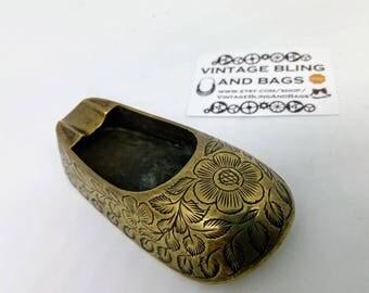 Vintage brass shoe ashtray, Vintage brass ashtray, shoe ashtray, individual ashtray, vintage shoe ashtray, smoking accessories,  tobbaciana,